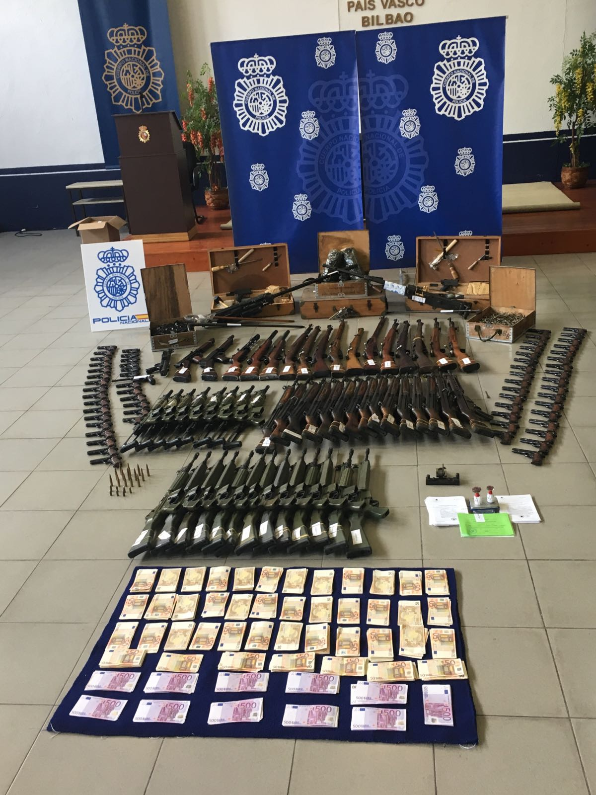 10 000 firearms seized in Spain with support of Europol ...