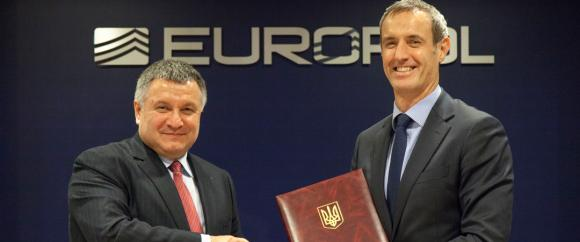 Ukraine's Minister of Internal Affairs, Arsen Avakov and Europol's Director, Rob Wainwright
